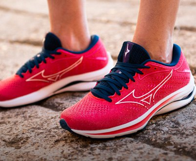Women´s running and trail running shoes