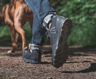 men´s mountain shoes